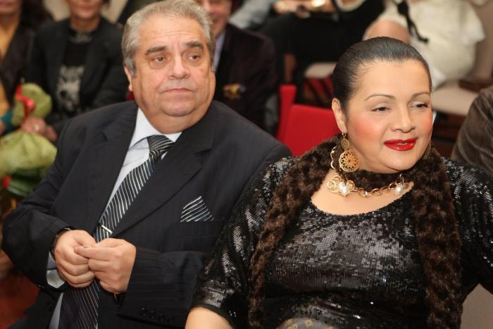 Reacţia lui Gigi Becali după ce a fost acuzat de familia Corneliei Catanga. În ce condiţii ar fi fost dispus să le cumpere o nouă casă