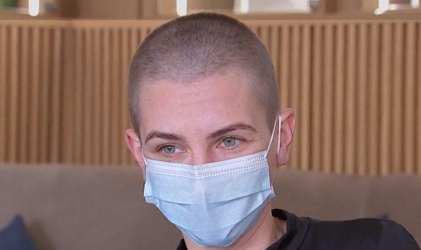 """Un bărbat celebru din România şi-a tuns soţia zero, la două noaptea: """"Am purtat tot felul de peruci, trebuie să îmi acopăr cumva capul"""""""