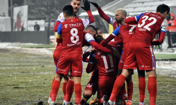 FC Botoșani – Viitorul 1-0. Moldovenii, cu un pas în play-off. Mircea Rednic şi-a pus mâinile în cap!