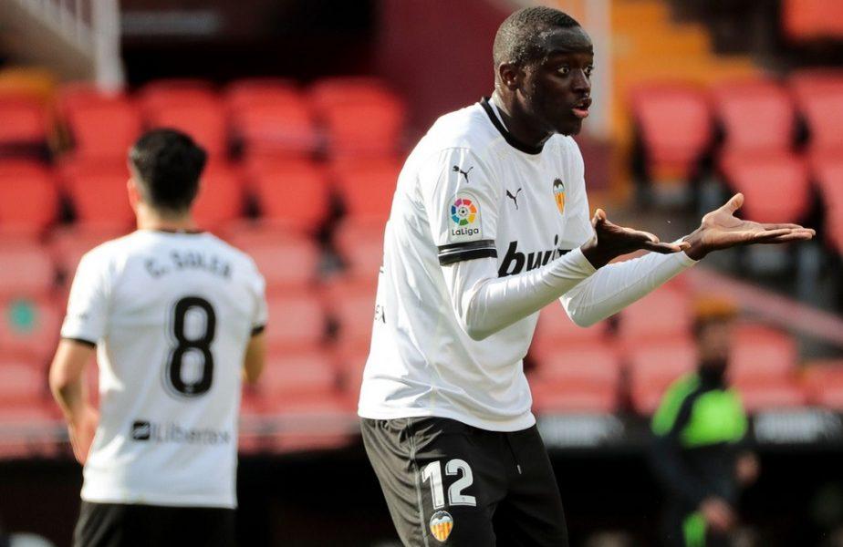 Scandal de rasism şi în La Liga! Cadiz – Valencia a fost întrerupt. Jucătorii au plecat la vestiare!