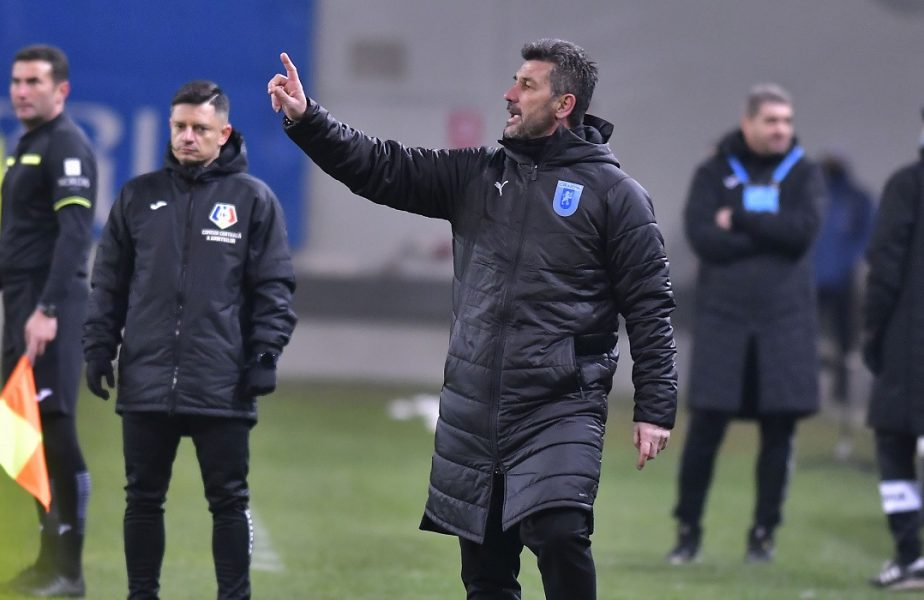 """Marinos Ouzounidis şi-a urecheat jucătorii: """"Ratăm multe penalty-uri!"""". Ce mesaj i-a transmis antrenorul Craiovei lui Cicâldău"""