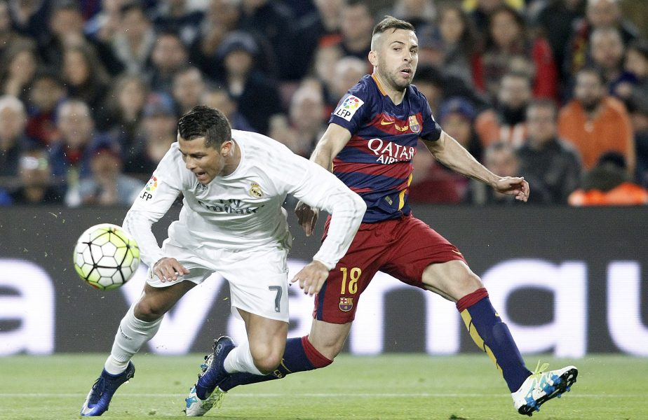 "Real Madrid – FC Barcelona: 97-96. La fotbal! În ""El Clasico""!"