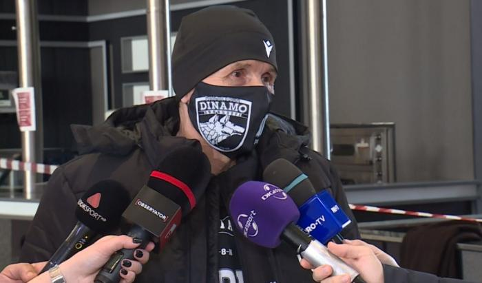 """""""Nu m-a înjurat nimeni!"""" Gheorghe Mulţescu nu renunţă la ideea de a pleca de la Dinamo: """"Nu simt că m-au trădat jucătorii"""""""