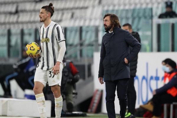 """Radu Drăgușin, cuvinte uriașe de la Andrea Pirlo după prelungirea contractului cu Juventus: """"Poate juca de la egal la egal cu vedetele din echipă"""""""