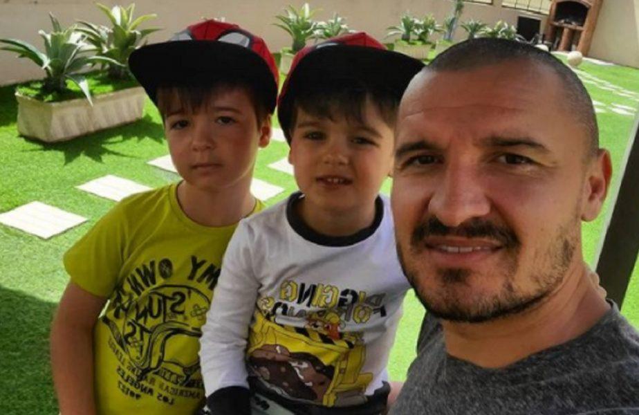 """VIDEO. Așa tată, așa fiu! Băiatul lui Constantin Budescu înscrie din poziţii imposibile. Ce goluri a marcat puştiul """"Magicianului"""""""