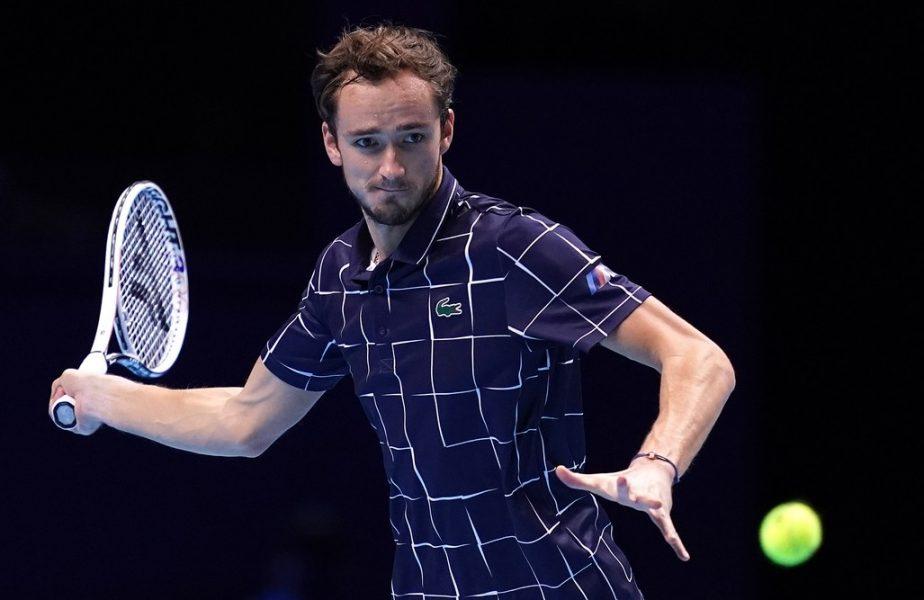 Daniil Medvedev, testat pozitiv cu Covid-19, chiar după ce s-a antrenat cu Rafael Nadal. S-a retras la turneul de la Monte Carlo