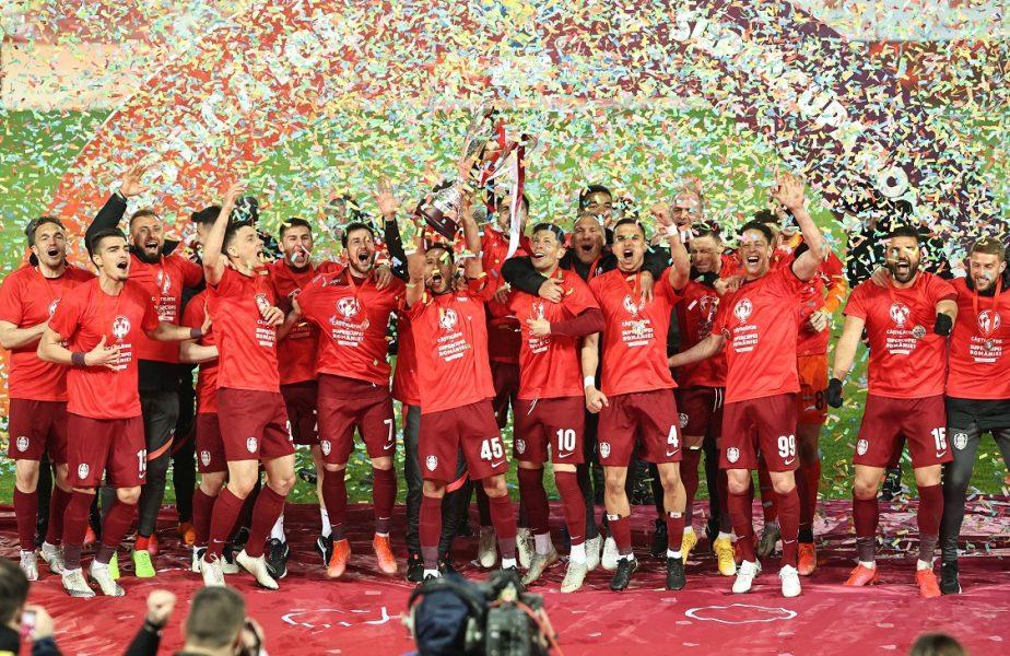 Supercupa României | Jucătorii lui CFR Cluj au făcut show după ce au învins-o pe FCSB. Au purtat trofeul pe banda de bagaje de la aeroport! VIDEO