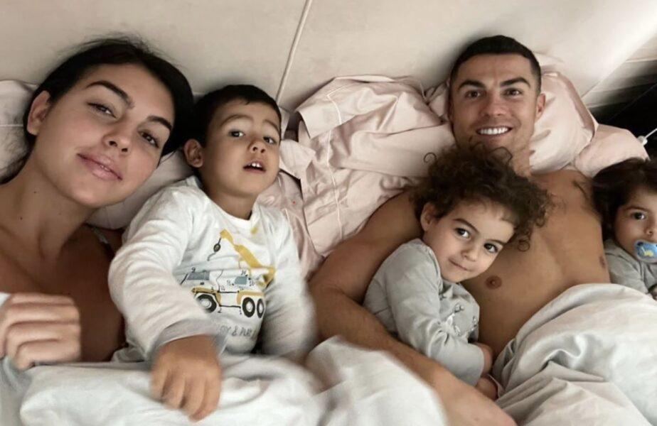 Aroganţa lui Cristiano Ronaldo! I-a adus Georginei patul în dormitor cu macaraua! Şi-a lăsat iubita fără cuvinte. Suma record plătită pentru apartament