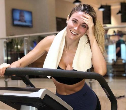 Diletta Leotta face senzaţie şi în sala de fitness. Cum a fost surprinsă cea mai frumoasă  jurnalistă din Italia