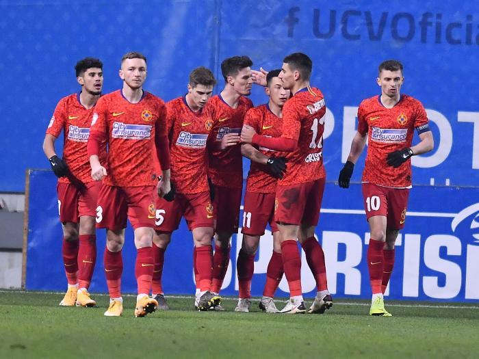 """Lovitură pentru FCSB! Un titular va lipsi tot sezonul. Vestea a venit chiar înaintea meciului cu Universitatea Craiova: """"A suferit o accidentare destul de urâtă!"""""""