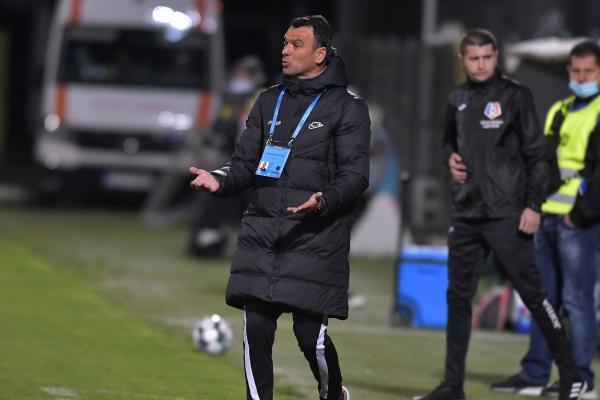 """Universitatea Craiova – FCSB 2-0   Toni Petrea a pus tunurile pe Istvan Kovacs: """"Ar fi fost cu totul alt rezultat dacă lua decizia corectă"""""""