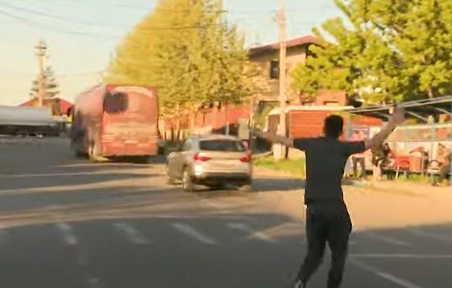 """Faza zilei, în Liga 1! Ovidiu Hoban a luat-o la fugă după autocar! """"Sună-l, mă, pe Deac!"""""""