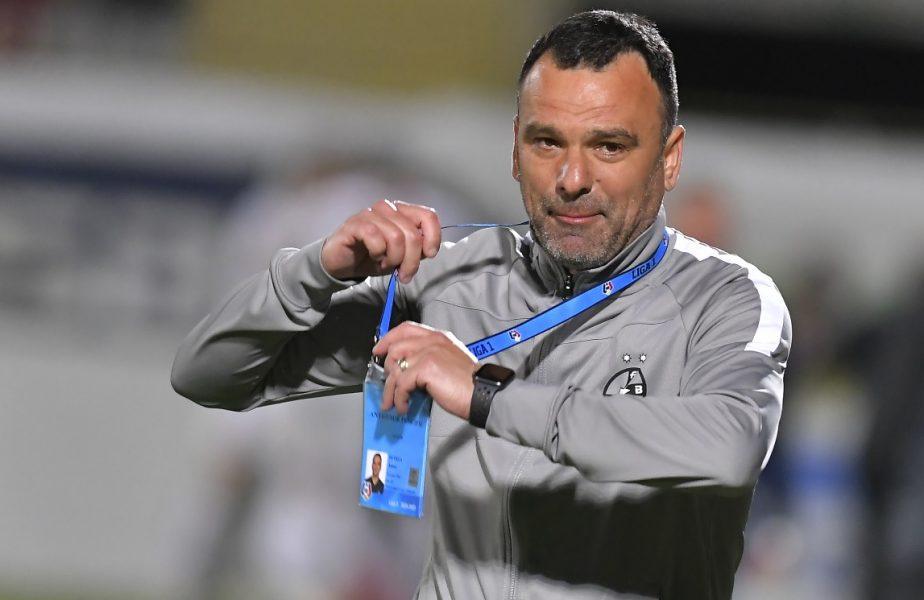 """Toni Petrea își încheie mandatul la FCSB. Ce a spus când a aflat că va fi înlocuit cu Marius Șumudică: """"Este dreptul dânsului!"""""""