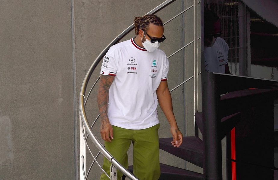 """Lewis Hamilton, performanţă uriaşă! Britanicul a ajuns la al 100-lea pole position în Formula 1: """"Nu pot să cred!"""""""