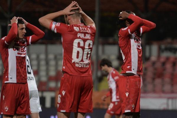 """Dinamo speră din nou la salvare, dar nu scapă de problemele cu banii! Suma uriașă datorată de """"câini"""": """"Rata este urgentă!"""""""