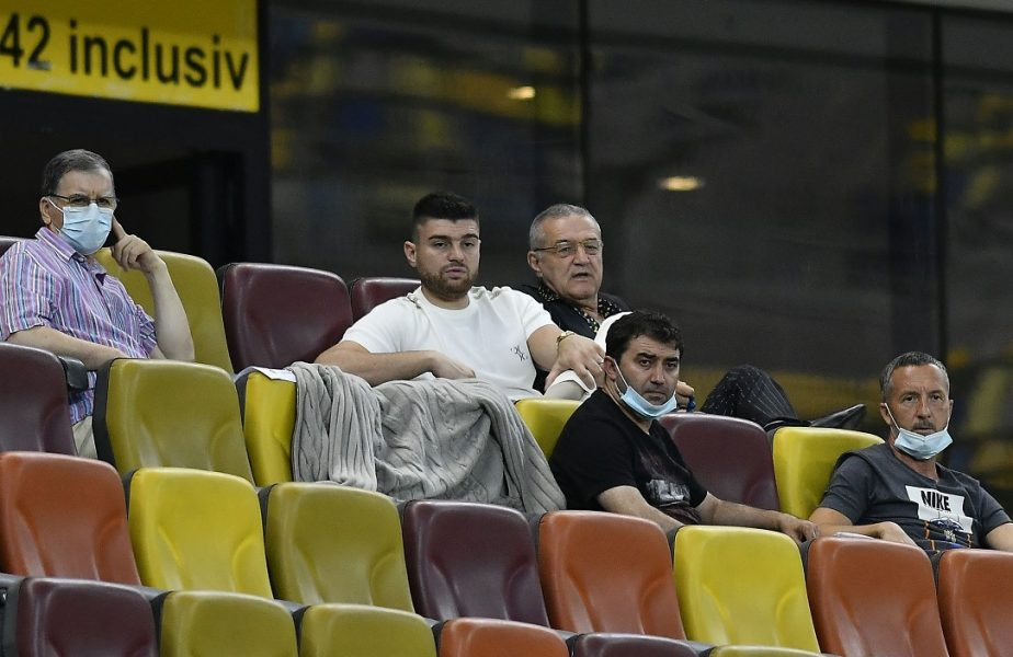 """""""Nu înțeleg de ce îl ții pe bancă!"""" Jucătorul care nu are voie să lipsească de la FCSB! Dumitru Dragomir, sfat pentru Gigi Becali"""