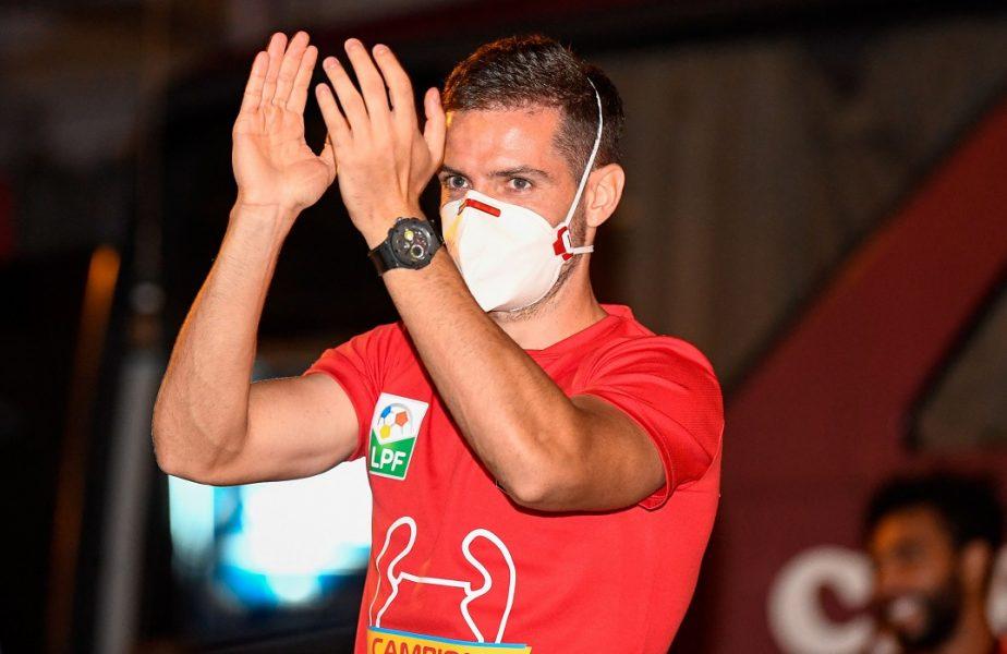 """Alex Chipciu şi-a decis viitorul la CFR Cluj! Anunţul făcut în timpul petrecerii de titlu din Gruia + Ce spune Arlauskis despre reţeta succesului: """"Suntem luptători!"""""""