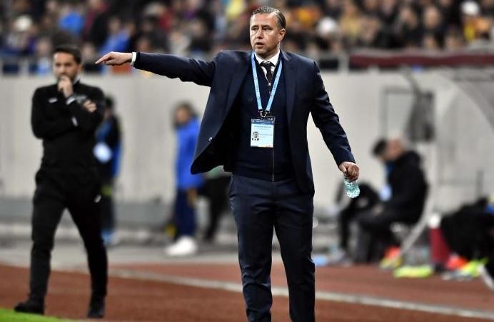 Laurenţiu Reghecampf, în timpul unui meci