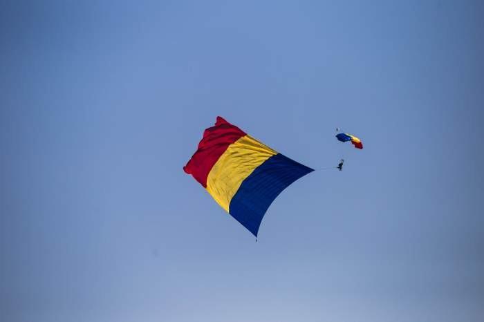 """EXCLUSIV   Fabulos! Un român a făcut un zbor cu parapanta într-un timp record. """"E libertate, chiui de fericire"""""""