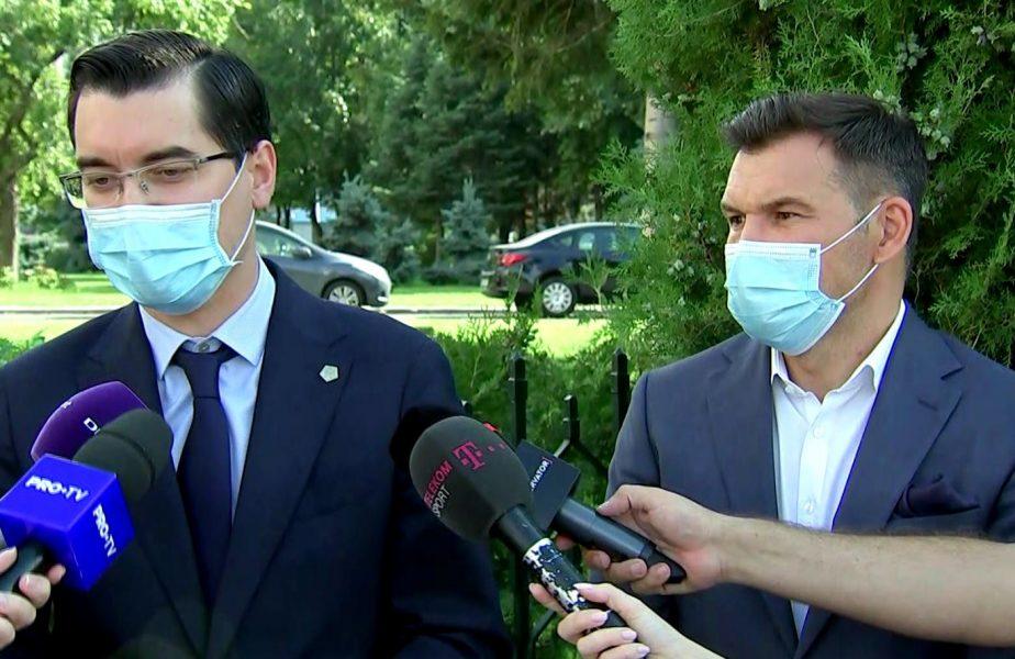 Stroe, pus în dificultatea de o întrebare a jurnaliştilor. Ministrul, salvat de Burleanu