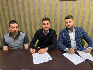 Adrian Mutu a semnat cu FC U Craiova
