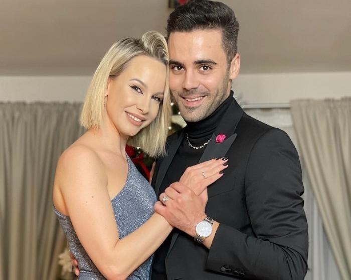 Sandra Izbasa a primit inelul de logodnă
