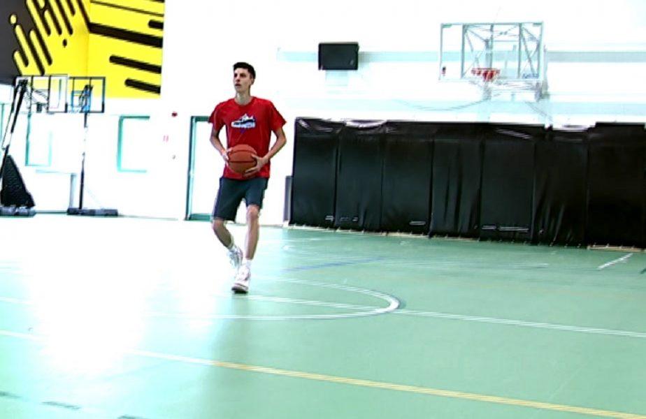 EXCLUSIV   Iannis din baschet se pregăteşte pentru NBA! Vrea să îi calce pe urme lui Ghiţă Mureşan