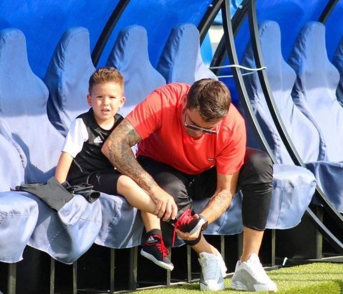 Adi Mutu şi-a dat băiatul la fotbal!