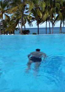 """""""Mbappe"""" Coman, vacanță de vis în Zanzibar"""