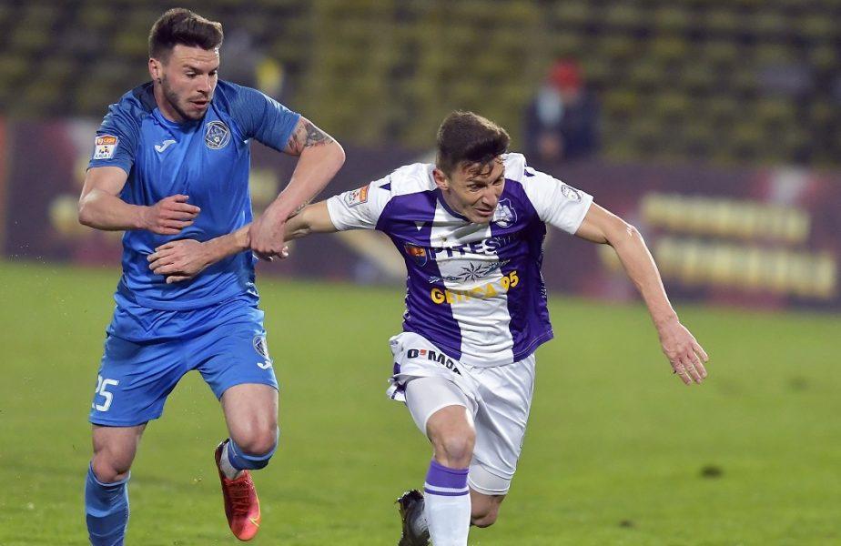 Andrei Cordea e deja pregătit pentru FCSB! :)) Ilie Poenaru l-a scos la pauză în Universitatea Craiova – Academica Clinceni