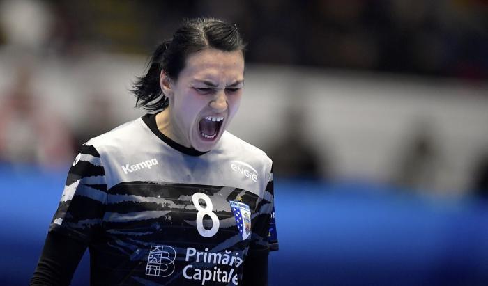 Cristina Neagu, strigăt de bucurie, în tricoul lui CSM Bucureşti