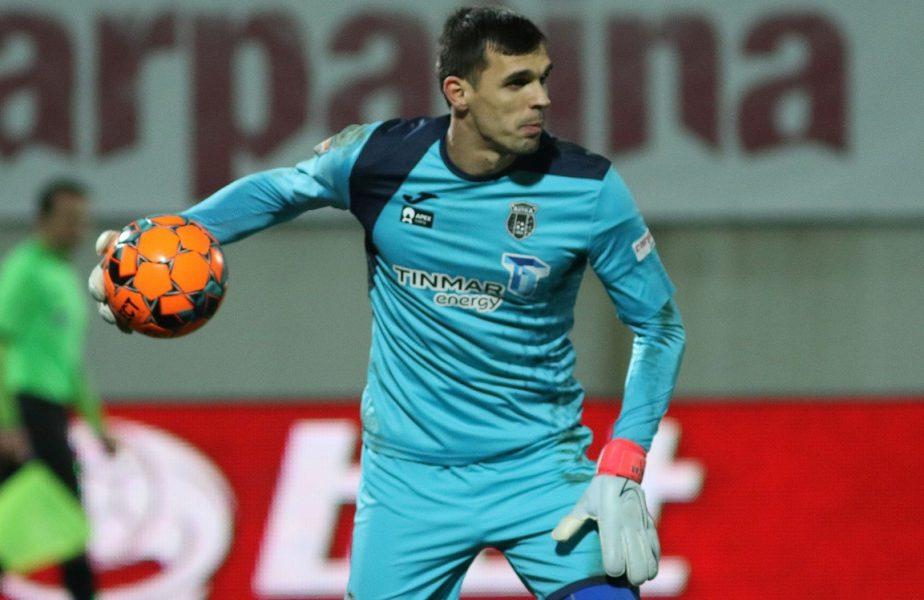 Astra – Universitatea Craiova | Oltenii mai vor doi jucători de la adversara din finala Cupei, după ce l-au luat pe David Lazar