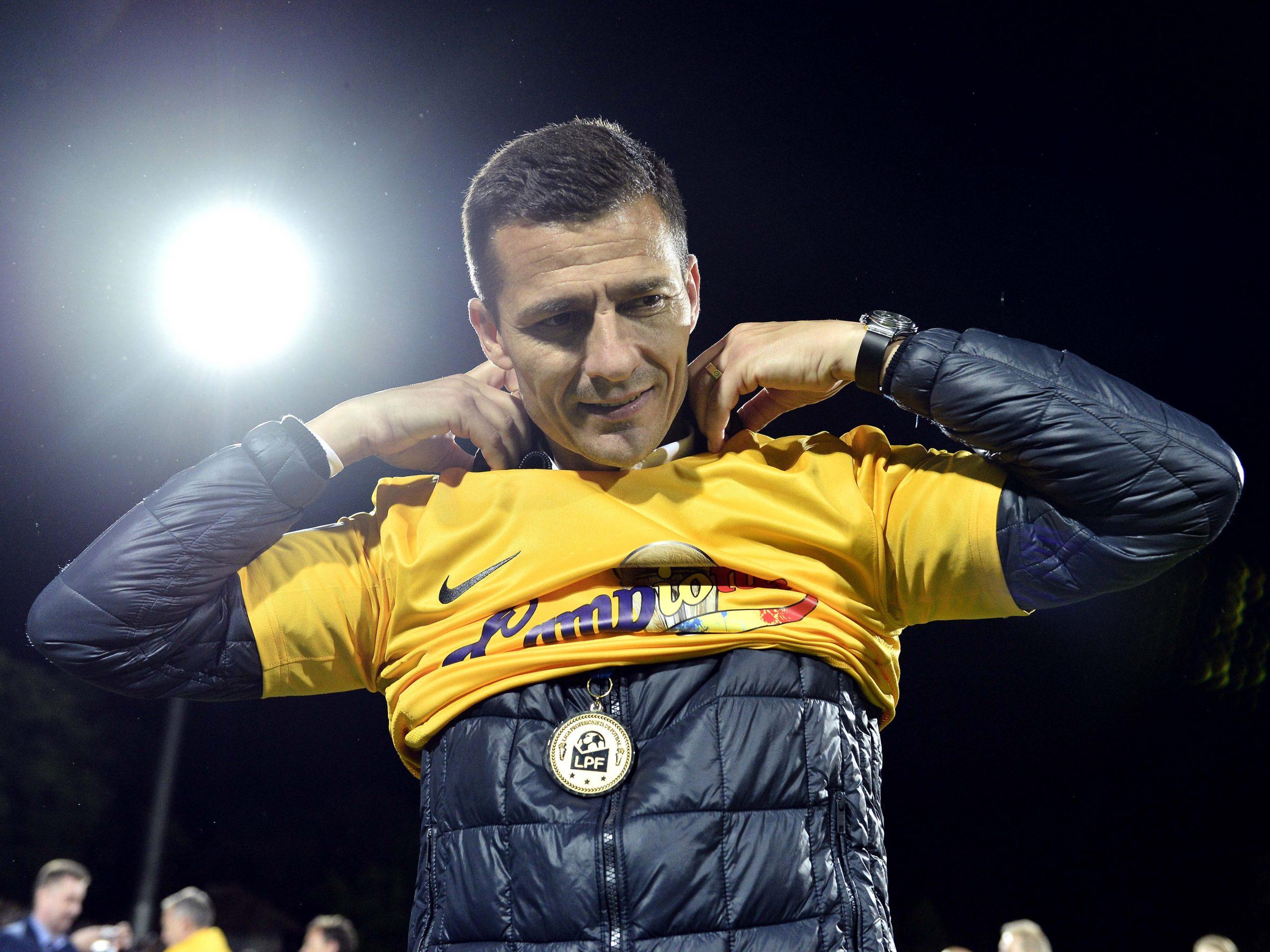 """Prima reacţie a lui Costel Gâlcă, după ce s-a spus că va semna cu CFR Cluj: """"M-aş întoarce acasă, nu doar la CFR!"""""""