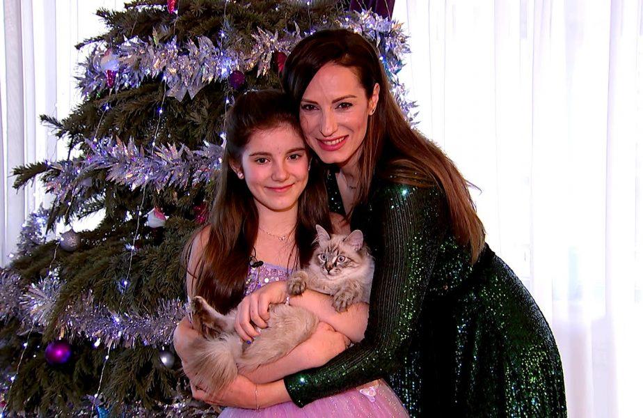 VIDEO EXCLUSIV | Mamă de bronz şi fată cu voce de aur. Reportaj spectaculos cu Irina şi Antonia Deleanu