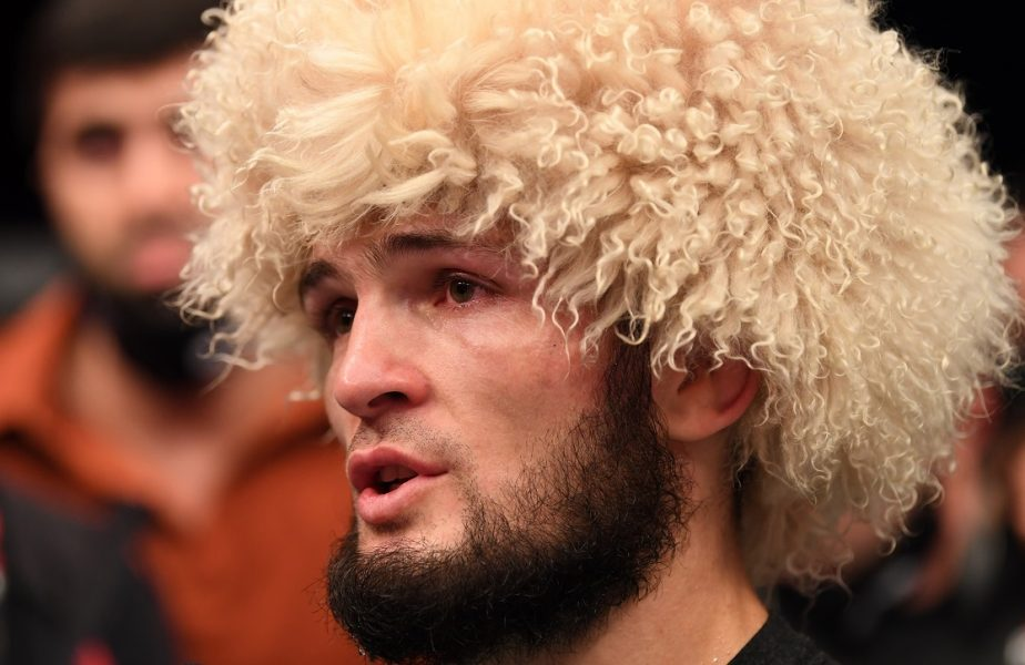 "Khabib Nurmagomedov a refuzat 100 de milioane de euro! ""I-am spus mamei că m-am retras"""