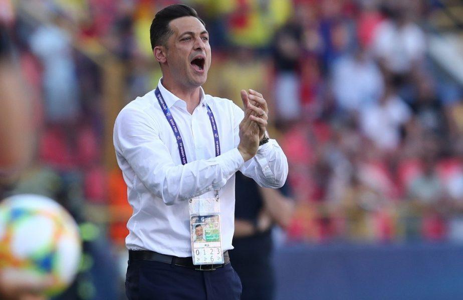 Mirel Rădoi, selecţionerul echipei României, în timpul unui meci de la Euro U21 din 2019