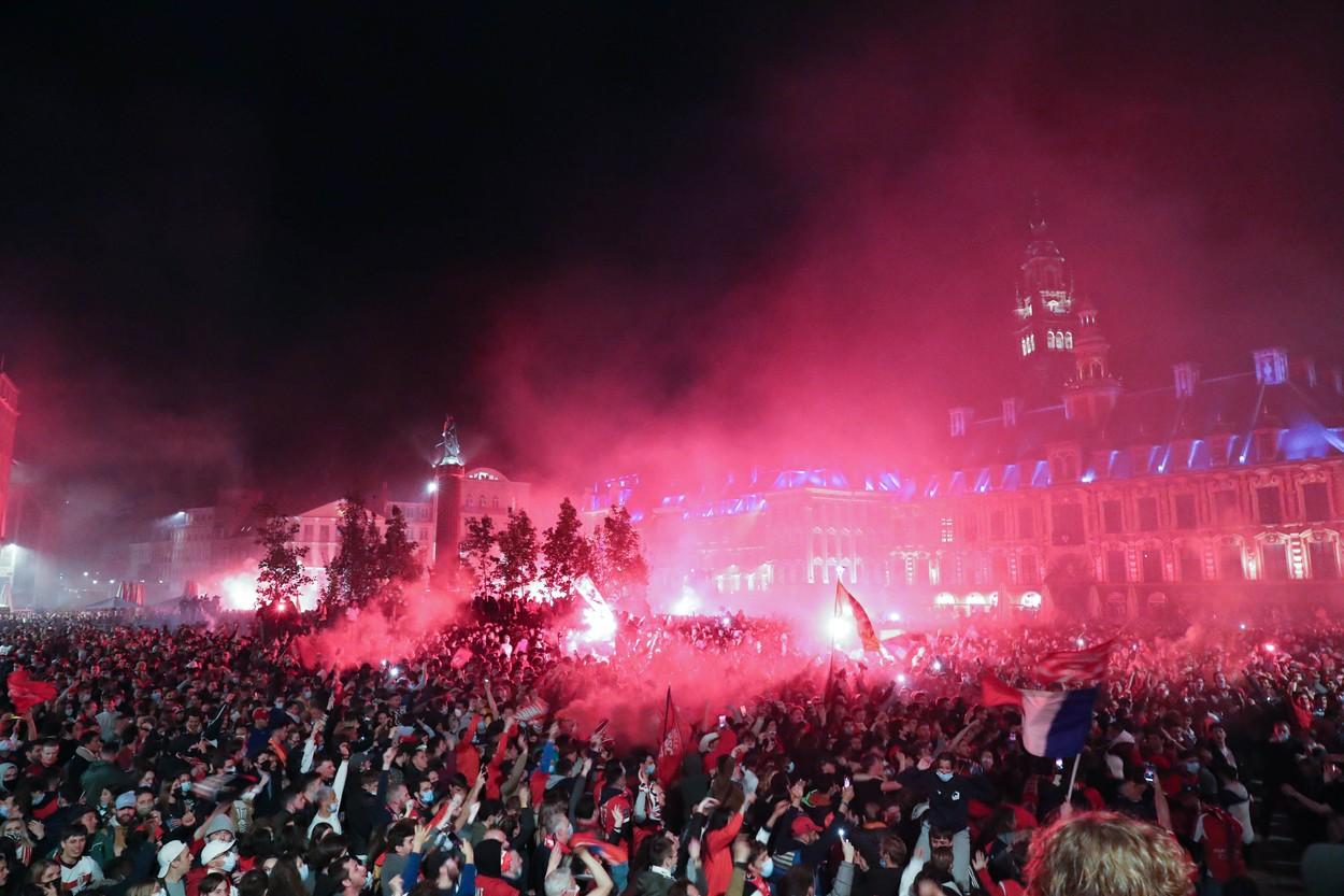 Momente impresionante la Lille, unde mii de fani au sărbătorit pe străzi / Sursa foto: Profimedia