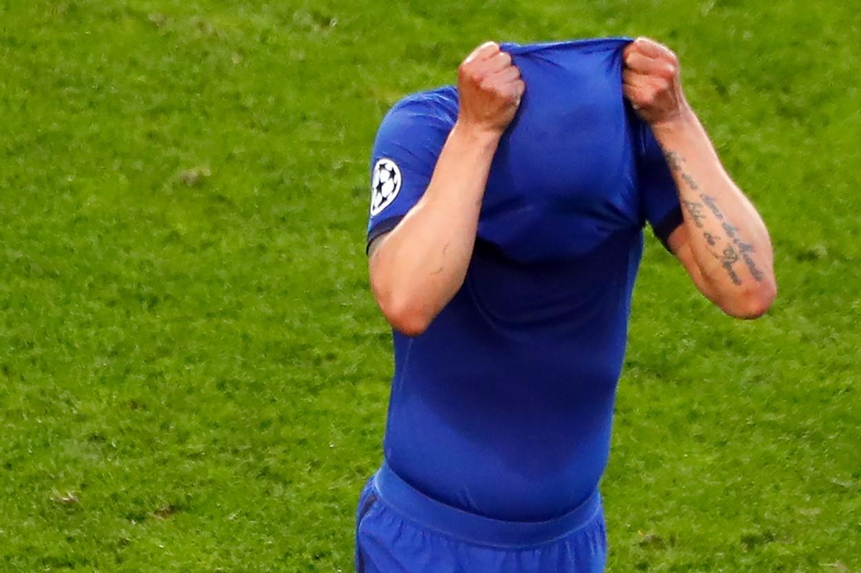 Thiago Silva s-a accidentat şi a părăsit terenul în lacrimi în finala Champions League dintre Manchester City - Chelsea / Sursa: Profimedia