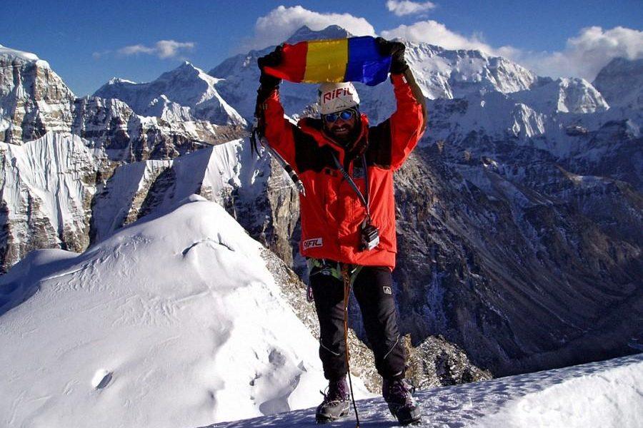 """""""Ticu"""" Lăcătușu, primul român pe Everest: """"Am început cu o funie de nylon de întins rufe!"""""""