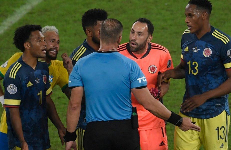 Scandal uriaș în meciul Braziliei de la Copa America! Roberto Firmino a marcat după ce mingea s-a lovit de arbitru