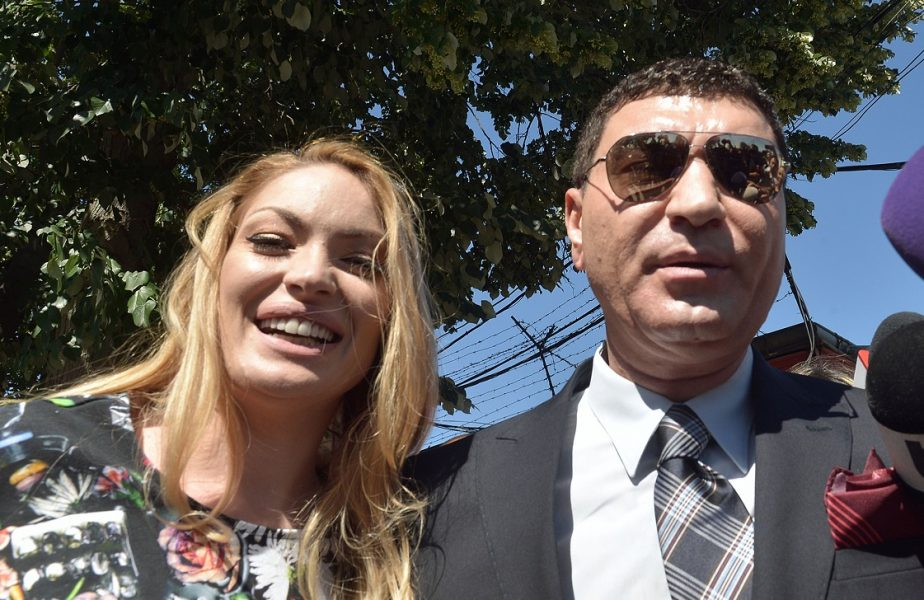 Cristi Borcea, petrecere de majorat pentru gemenii Angelo şi Melissa, cu manelişti de top şi torturi uriaşe