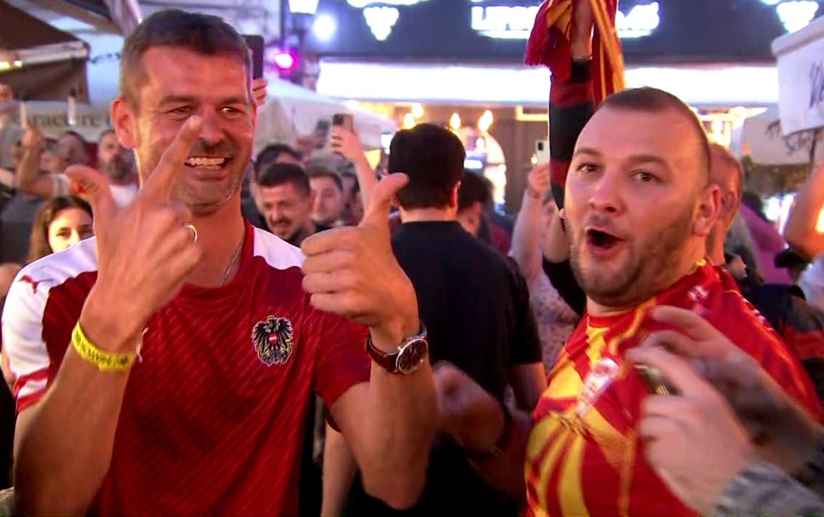 Fanii Macedoniei de Nord şi ai Austriei la Bucureşti înaintea meciului de la Euro 2020