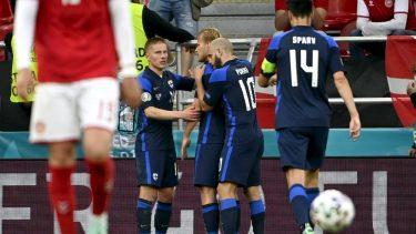 Euro 2020 | Danemarca – Finlanda 0-1! Finlandezii, victorie uriaşă la prima participare din istorie la Campionatul European. Danezii, fără replică după ce Eriksen s-a prăbuşit pe teren şi a fost resuscitat