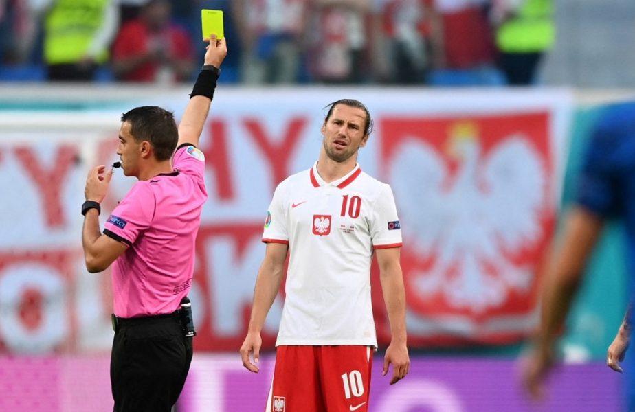 """Ovidiu Hațegan a arătat primul roșu de la Euro 2020! Polonezul Krychowiak, """"victima"""" arbitrului român"""