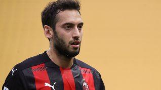 OFICIAL! Hakan Calhanoglu a semnat cu Inter Milano! Trădarea anului în fotbalul italian