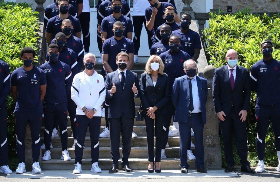 Euro 2020 | Emmanuel Macron i-a vizitat pe Mbappe și Benzema în cantonament! Ce mesaj a transmis președintele Franței