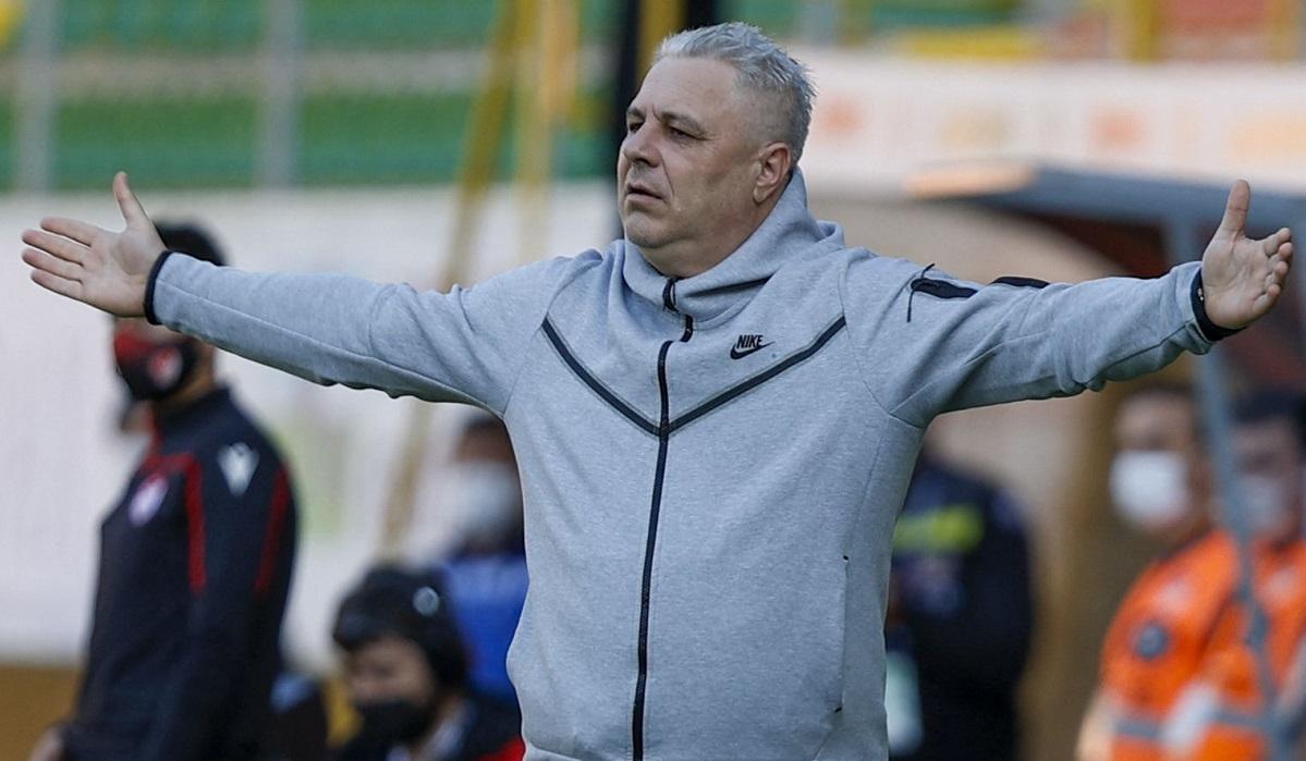 """Marius Şumudică pregăteşte o """"revoluţie"""" în lotul lui CFR Cluj! Nouă jucători pleacă de la campioana României. Ce obiective are Şumi!"""
