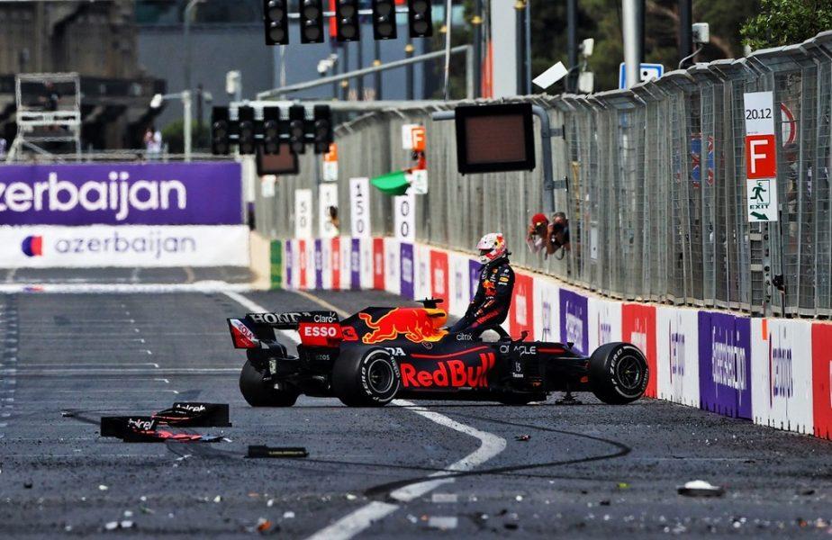 Nebunie totală în Marele Premiu al Azerbaidjanului. Verstappen a suferit un accident, iar Hamilton a gafat incredibil! Victorie uriaşă pentru Sergio Perez