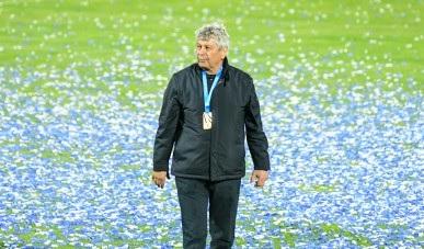 Mircea Lucescu a prelungit contractul cu Dinamo Kiev, chiar dacă fanii l-au vrut afară de la club