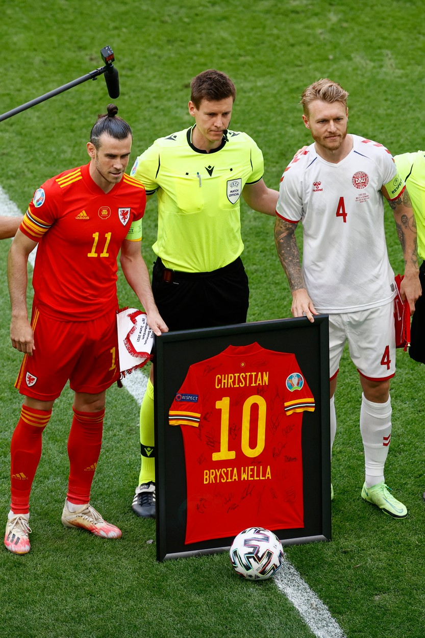Christian Eriksen, omagiat înainte de Ţara Galilor - Danemarca / Foto: Profimedia